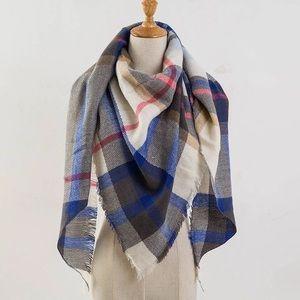 Accessories - 💐3/$20 Blanket Scarf Plaid Cream Tan Blue Pink